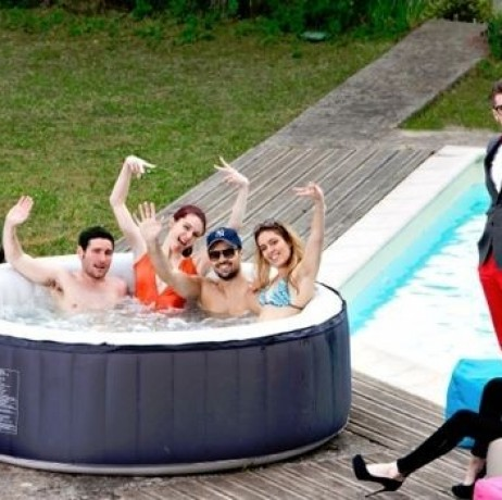 Jacuzzi gonflable avis avis spa gonflable intex saint denis with jacuzzi gonflable avis photo - Jacuzzi 6 places gonflable ...